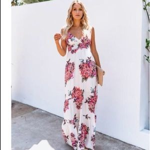 Vici Hydrangea maxi dress